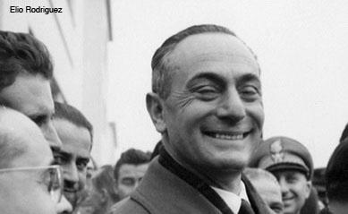 Quest'anno ricorre il 50° anniversario della misteriosa scomparsa di Enrico Mattei. Primo di cinque fratelli, nasce ad Acqualagna (Ps) il 29 aprile del 1906 ... - enrico-mattei-1-a
