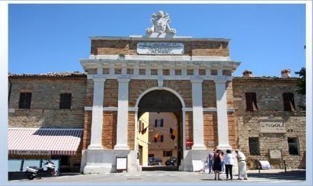 Cingoli_porta