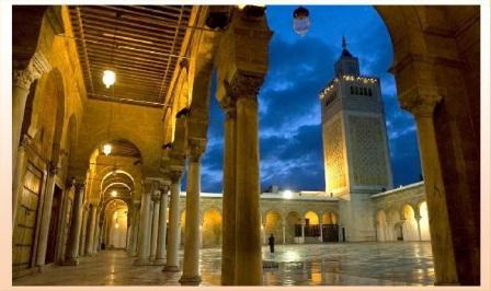 Tunisi-cosa-vedere-nellantica-Cartagine-moschea