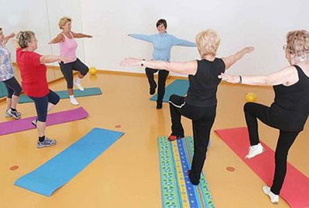 auser yoga anziani