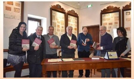 consegna libro storia di castelfidardo