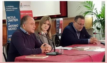 la conferenza moderata dalla giornalista Benedetta Lombo