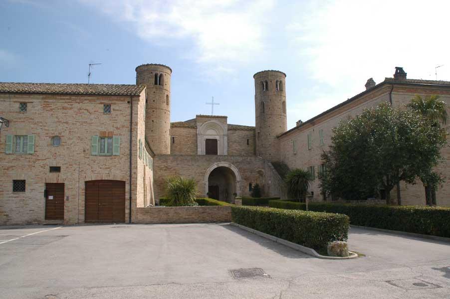 Abbazia San Claudio fronte