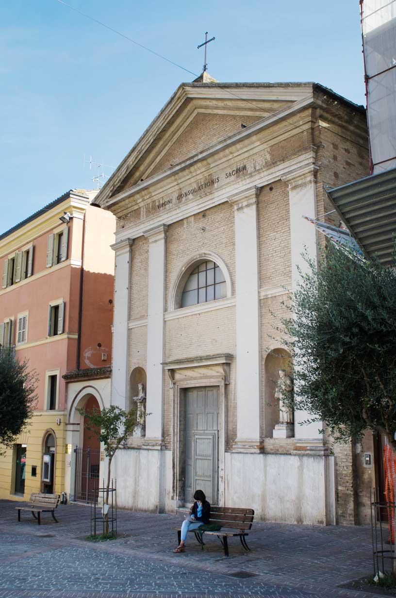 Piazza Mazzini, chiesa di Santa Maria del Riposo